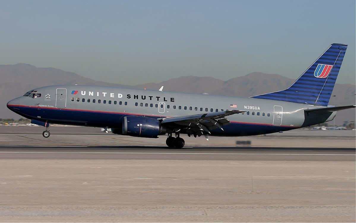 United_Shuttle_Boeing_737-300_KvW.jpg